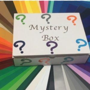 Accessories - Mystery box bundle